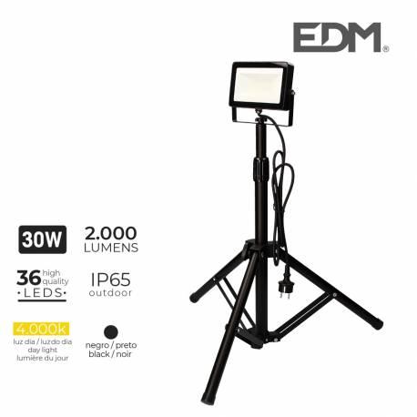 Foco proyector led con tripode 30w 2000 lm luz dia 4000k edm